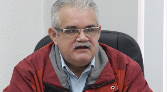 Isidro Ibarra: La Política Interna