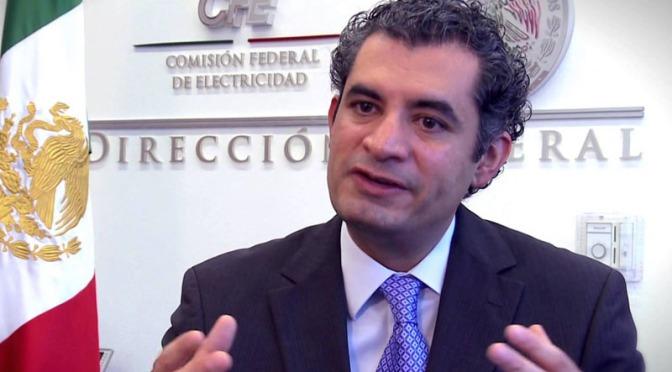 Ochoa Reza: Se Va del PRI; y el PAN: Mares con proyección y rumbo