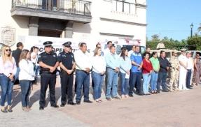 foto-2-alcaldesa-de-loreto-dio-el-banderazo-de-inicio-del-operativo-semana-santa-2019..jpg