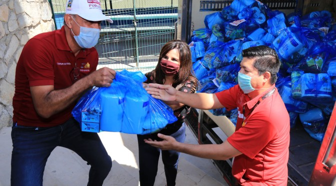 Agradece alcaldesa Armida Castro a empresas socialmente responsables que se suman con apoyos alimenticios durante la actual contingencia