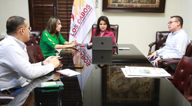 Alcaldesa de Los Cabos ejemplo a seguir en medidas contra COVID-19