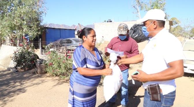 Ciudadanos agradecen al Gobierno de Armida Castro por persistir en la entrega de apoyos casa por casa