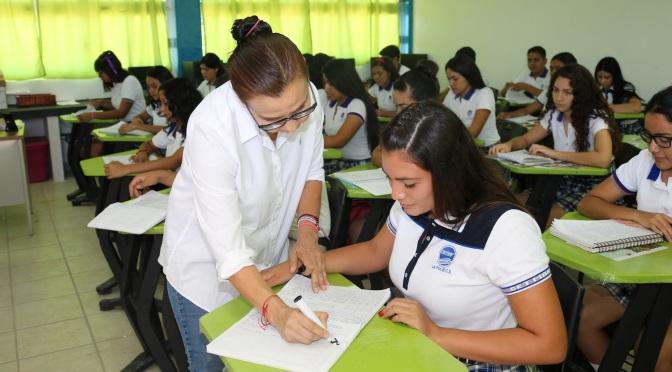 Continúan alumnos de Bachilleratos Técnicos con programa de formación Dual