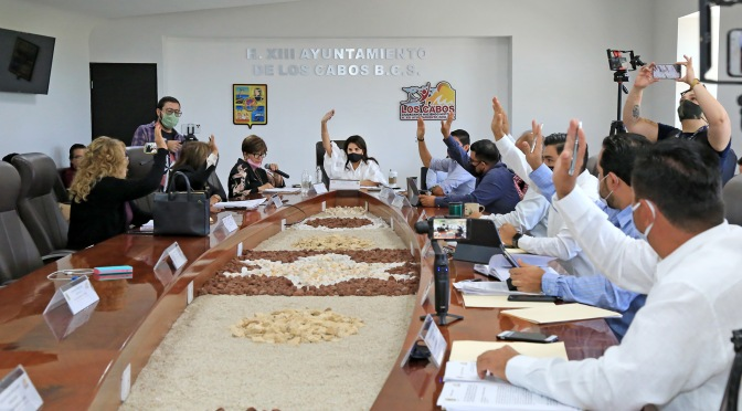 Alcaldesa de Los Cabos gestionará el recurso necesario para concluir la pavimentación de la Calle Nicolás Tamaral en CSL