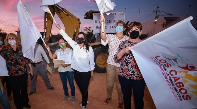 """""""En Los Cabos, ninguna obra se construye sin el apoyo y la supervisión de la ciudadanía"""": alcaldesa Armida Castro"""