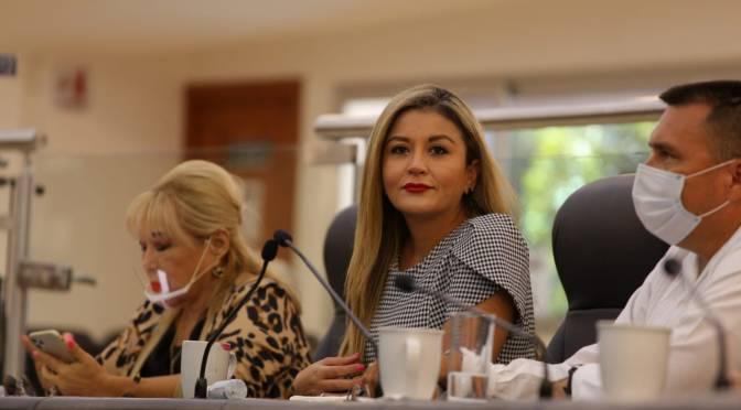 Celebra diputada Daniela Rubio civilidad durante el acto de conmemoración del 46 Aniversario de la Conversión de Territorio a Estado de BCS