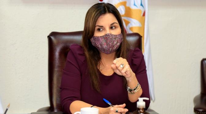 """""""¡Quédate en casa! Es decisión de todos avanzar o retroceder en el Sistema de Alerta Sanitario"""": alcaldesa Armida Castro"""