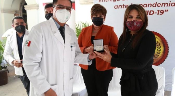Reconoce alcaldesa Armida Castro el trabajo y entrega del personal del sector Salud durante la contingencia sanitaria