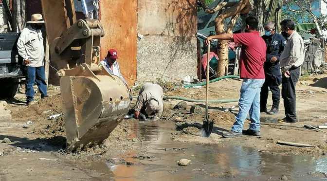¡En #CaboSanLucas tomas clandestinas afectan el tandeo!