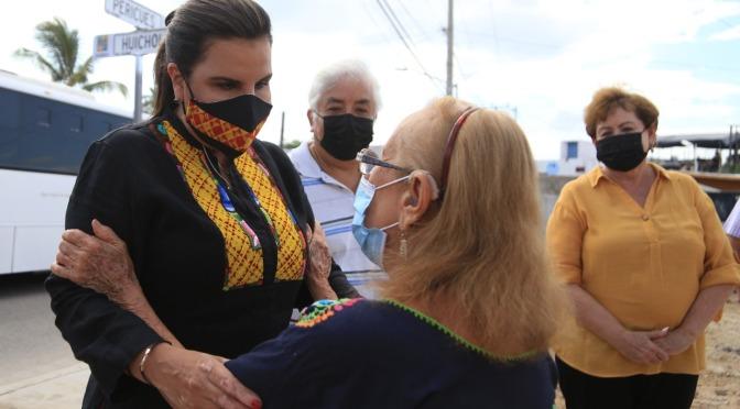 Cumple Armida Castro un compromiso más con las familias de CSL; entrega 5 obras de gran impacto social