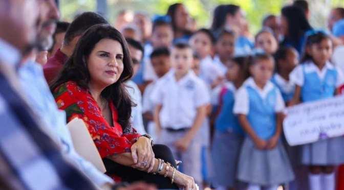 Alcaldesa en tu Escuela, programa que beneficia a más de 6 milestudiantes